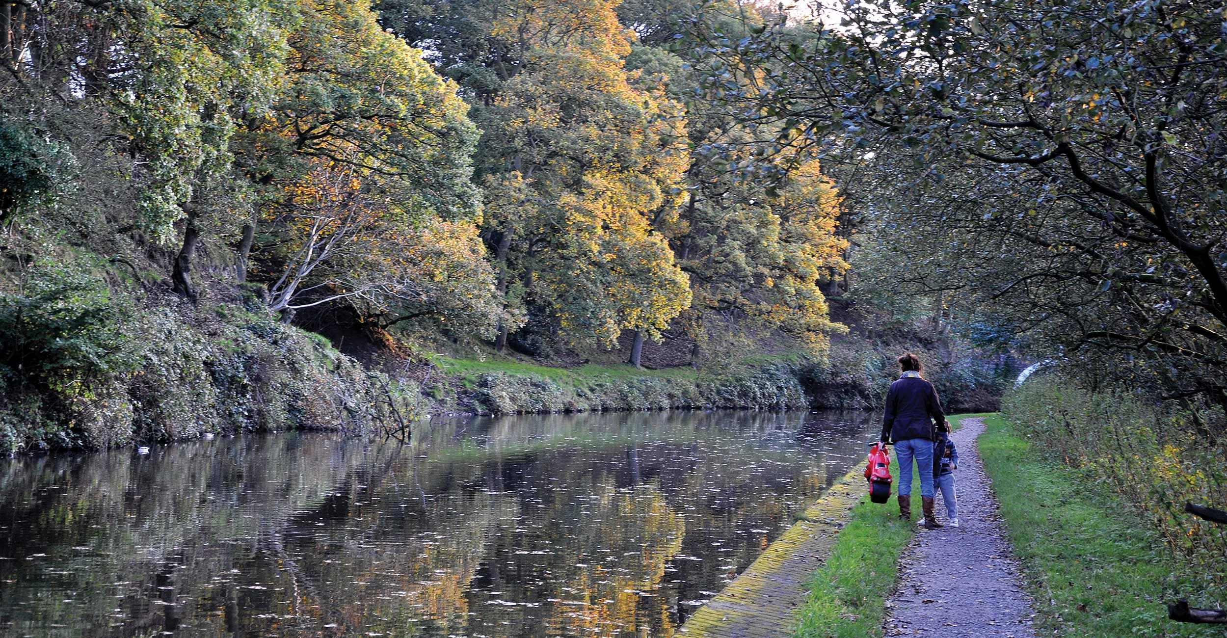 Kem-Mill_Leeds-Liverpool-Canal_3
