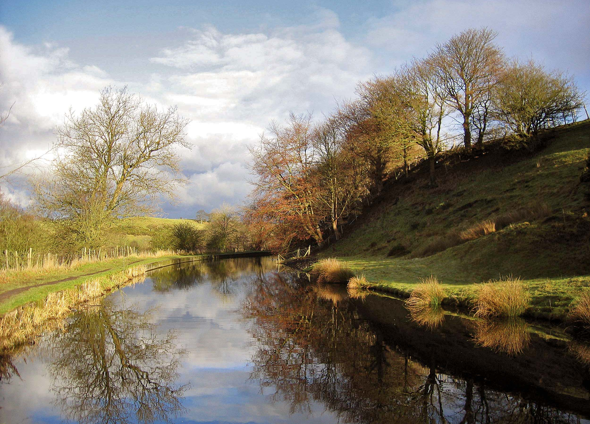 Withnell-Fold-Canal_Autumn